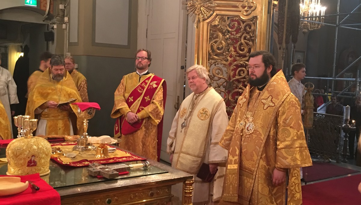 Литургия в Успенском соборе г.Хельсинки