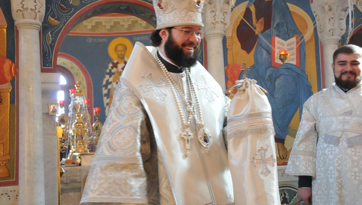 Епископ Антоний совершил Божественную литургию