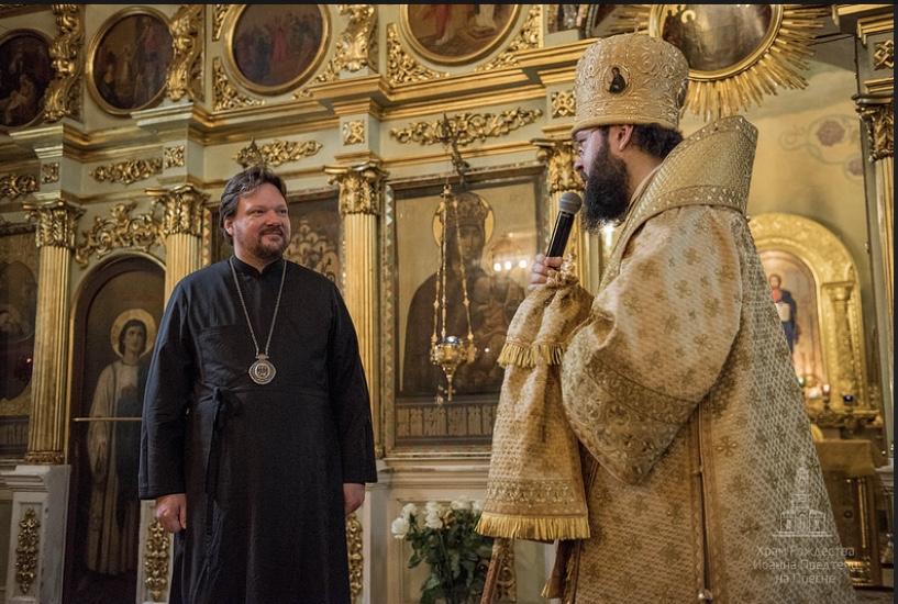 Владыка Иоанн молился за литургией, отслуженной архиепископом Венским и Будапешстким Антонием