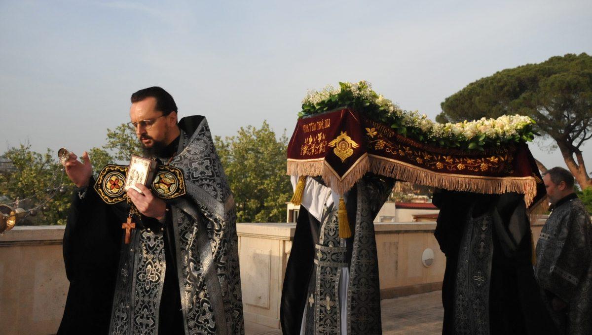 Утреня Великой Субботы с чином погребения Плащаницы