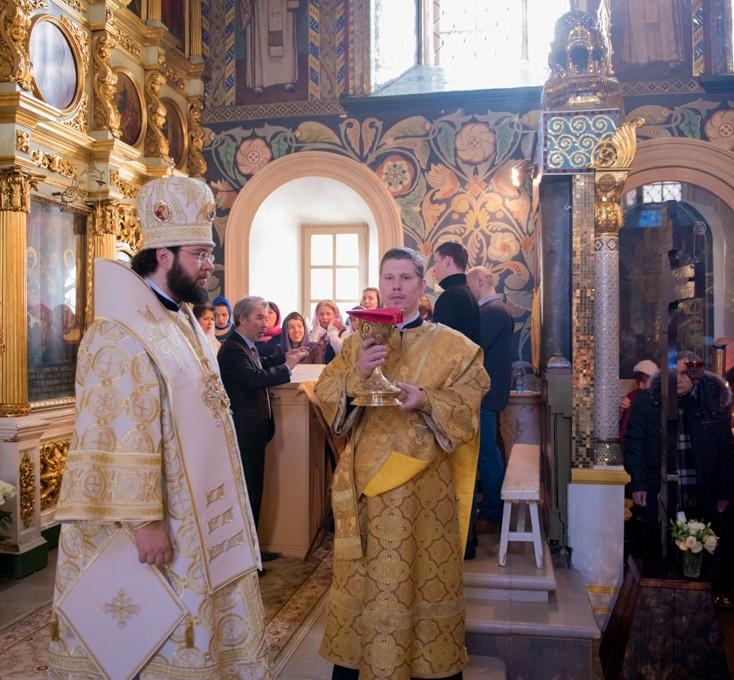Епископ Антоний совершил Литургию в Иоанно-Предтеченском храме
