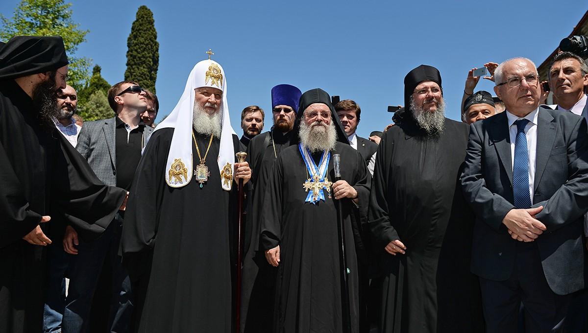 Предстоятель Русской Православной Церкви прибыл на Афон