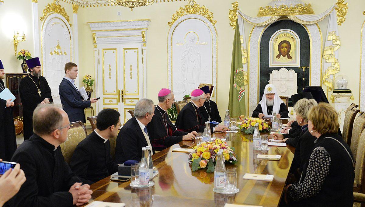 Святейший Патриарх встретился с участниками рабочей группы представителей Русской Православной Церкви и Римско-Католической Церкви Италии