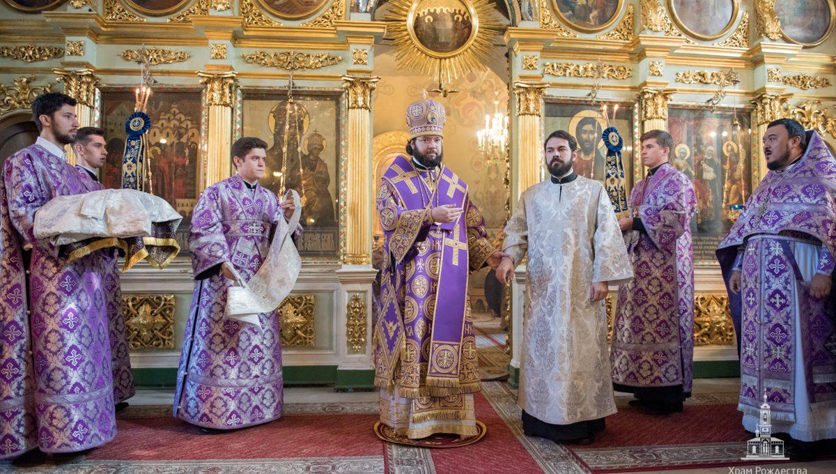 Архиерейские богослужения в Неделю 4-ю Великого поста