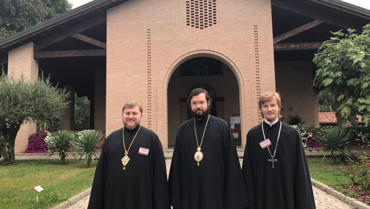 Епископ Звенигородский Антоний и епископ Богородский Матфей приняли участие в конференции в монастыре Бозе