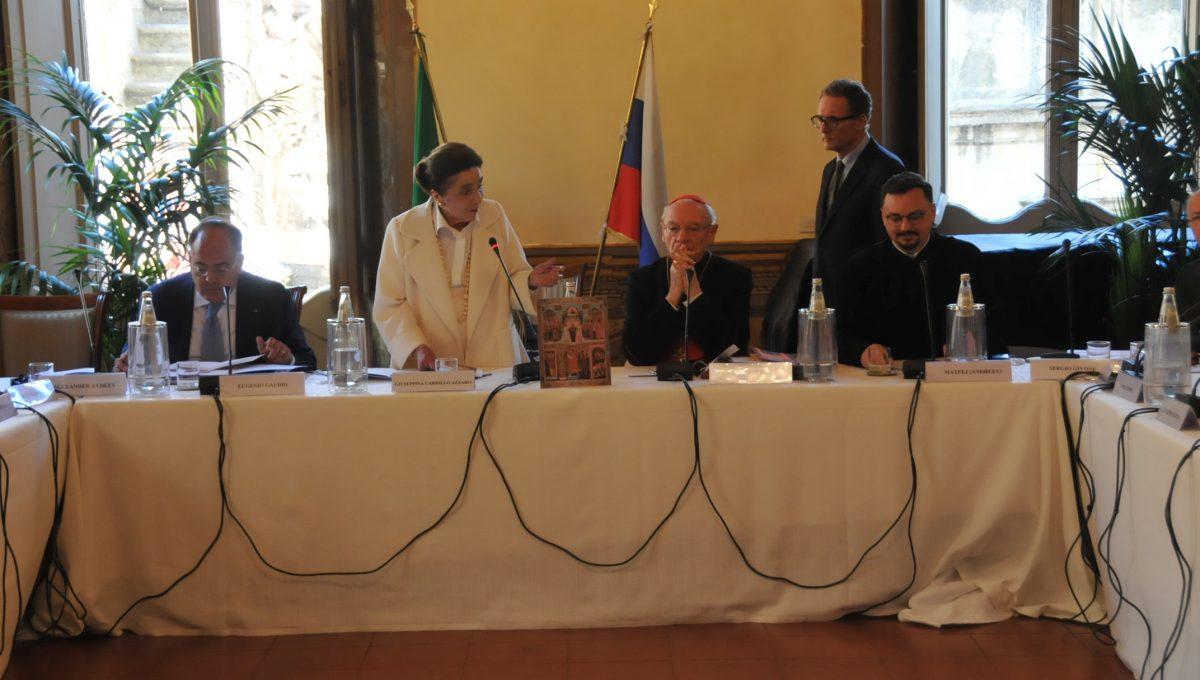 Accademia Sapientia et Scientia провела круглый стол