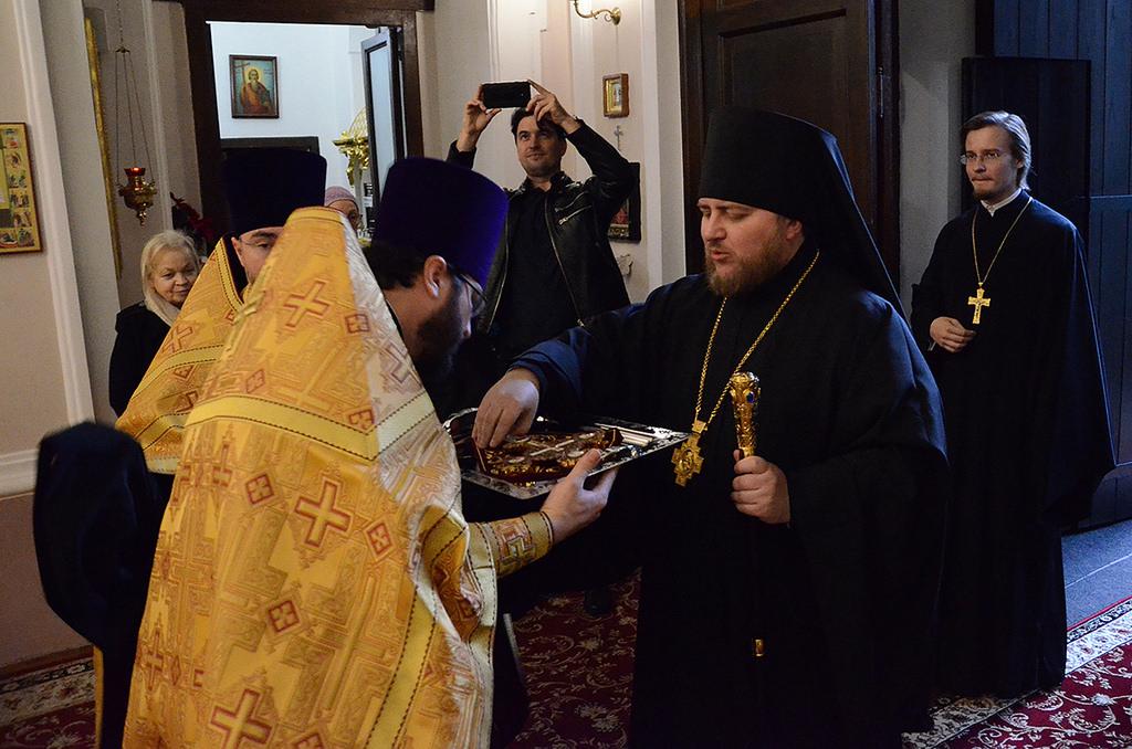 Епископ Богородский Матфей совершил всенощное бдение в Неаполе в канун престольного праздника