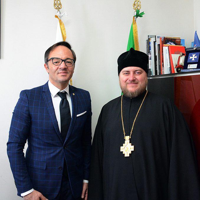 Состоялась встреча епископа Матфея с Почетным консулом Российской Федерации в Неаполе