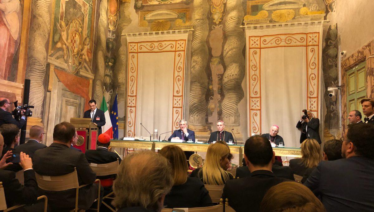 Ключарь храма был приглашен на презентацию новой книги Папы римского на покое Бенедикта XVI