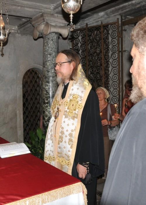 Молебен в базилике Сан-Лоренцо