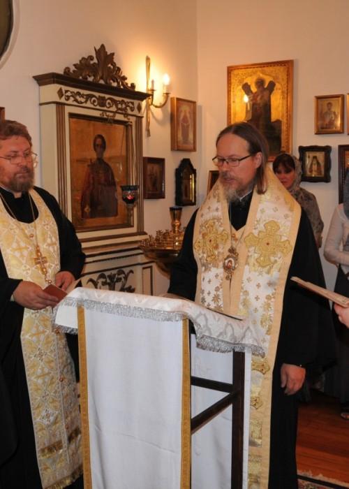Архиепископ Марк совершил чтение акафиста в Свято-Николаевском храме